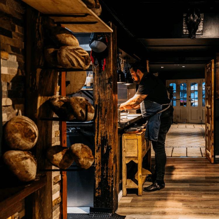 Osteria il Coccia kitchen