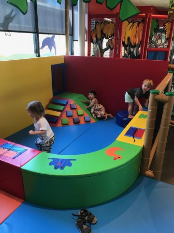 indoor kids play