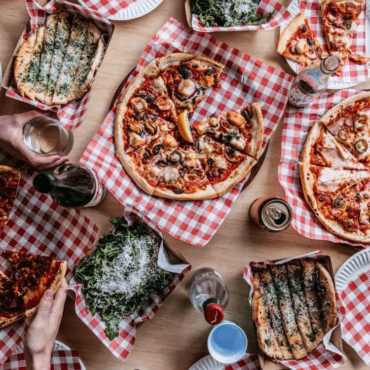 tropicana pizza pizza